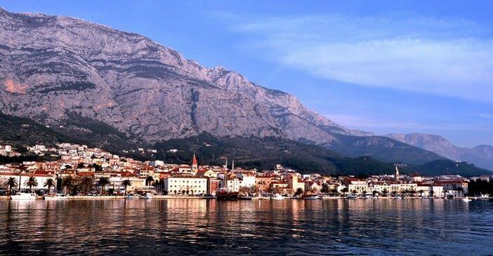 panorama sur Makarska et la montagne de Biokovo