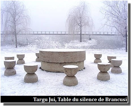 targu jiu table du silence de brancusi