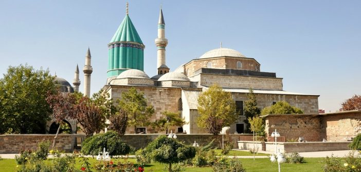 visiter konya  turquie   entre mevlana et derviches tourneurs
