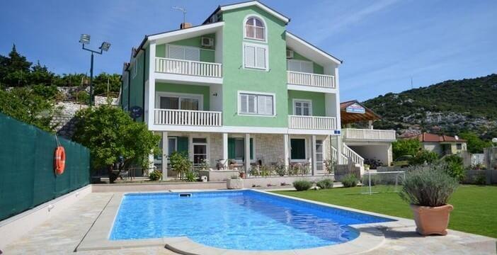 Appartement à Ploce ; un logement chez l'habitant agréable à Bacina entre Split et Dubrovnik