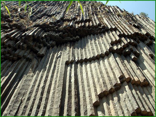 Arménie orgues basaltiques à Garni