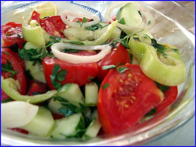 Arménie salade tomates concombres