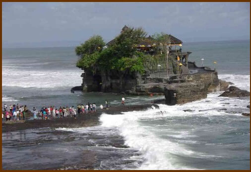 Bali temple Tanahlot