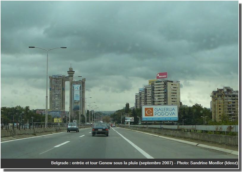 belgrade 2007 sous la pluie tour genex  novi beograd