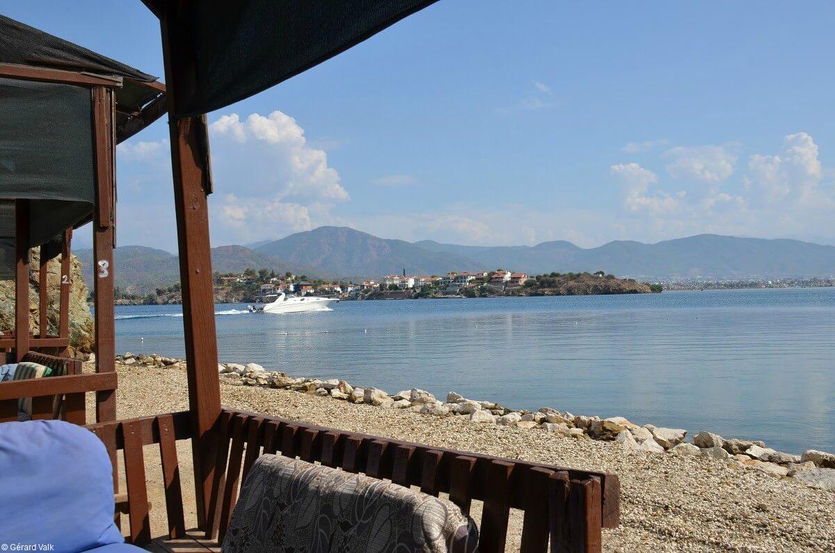 Bord de riviera méditerranéenne à Fethiye