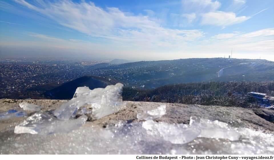 Collines de Buda sous la neige