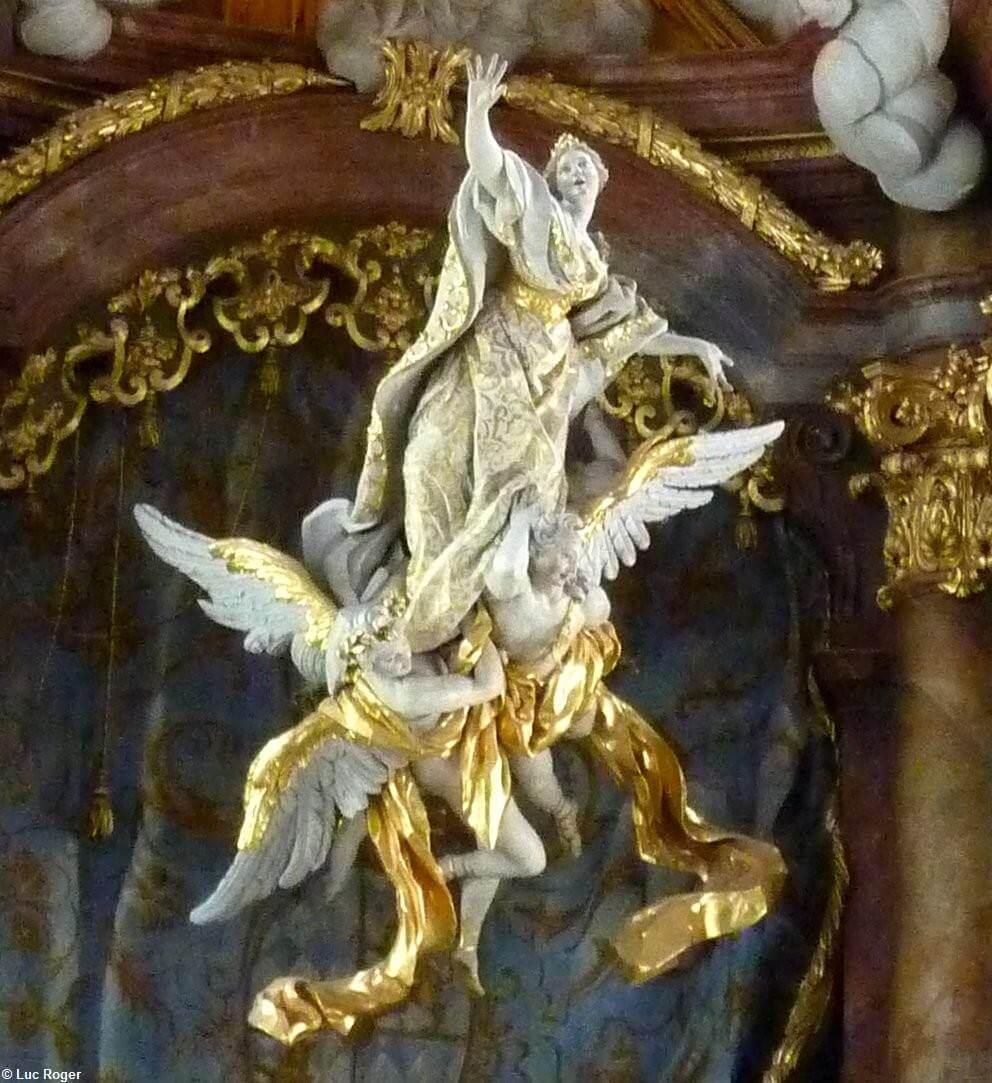 Détail statue de l'Assomption de la vierge Abbaye de Rohr