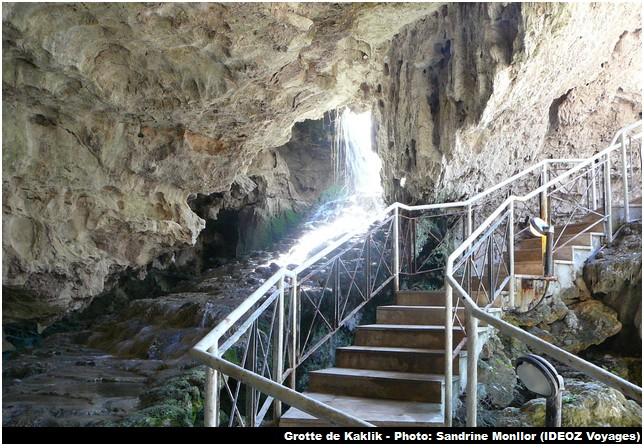 Grotte kaklik escalier