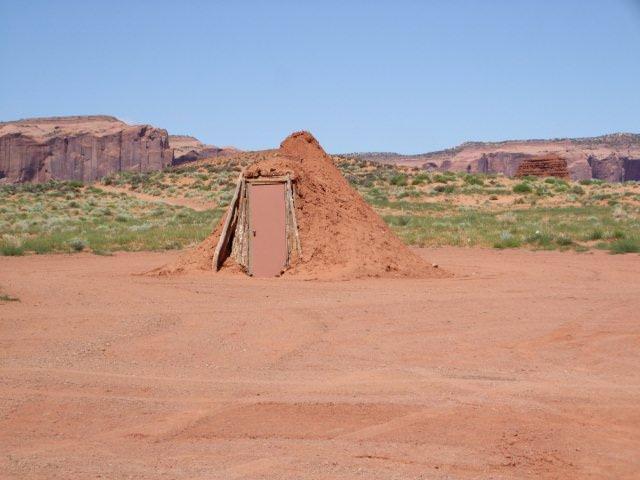 Hogan habitation des indiens hopi navajo