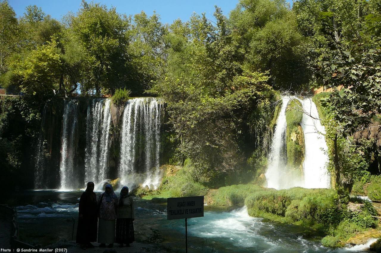 Kursunlu chutes près d'Antalya
