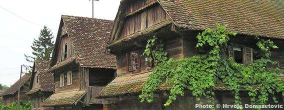 Lonjsko Polje maisons