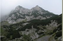 Maglic dans le brouillard (Bosnie Herzégovine)