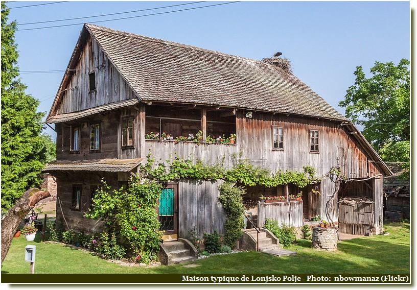 Maison Typique Lonjsko Polje