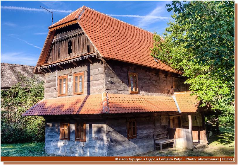 Maison Typique Parc Lonjsko Polje