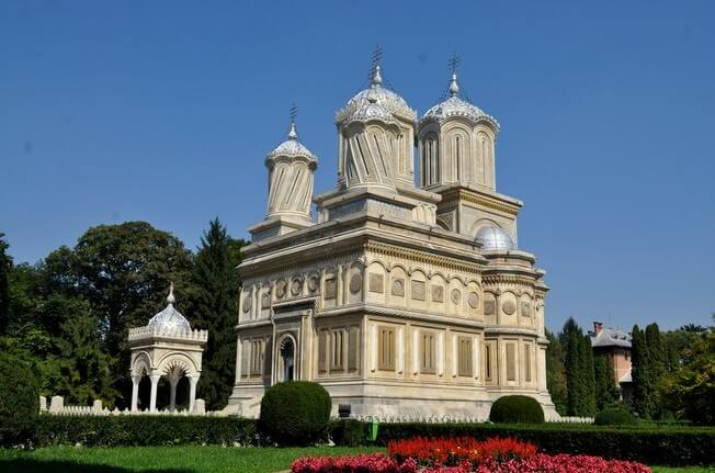 Monastere Curtea de Arges en Valachie