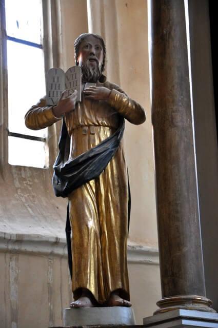 Mosna statue religieuse