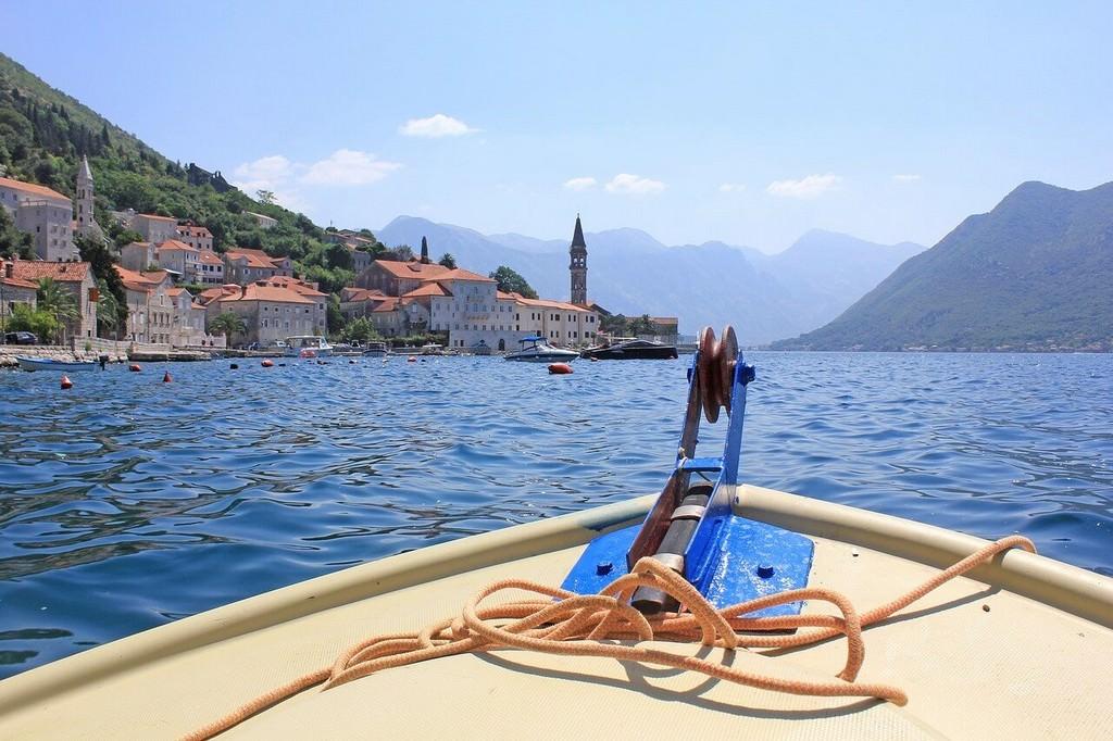 Perast au Montenegro depuis un bateau