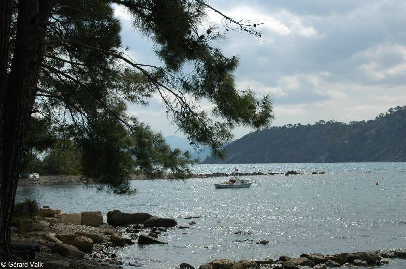 Phaselis vue sur mer depuis le site archéologique