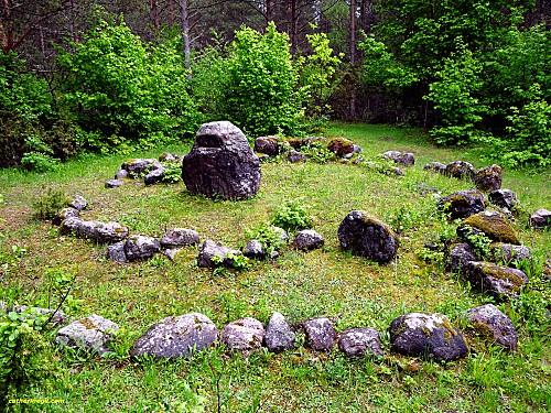 pierres de  mala en  estonie
