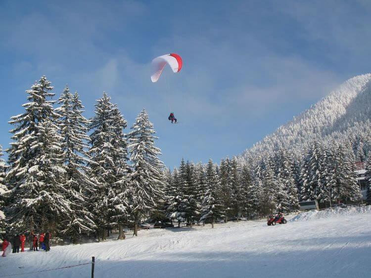 Ponaia Brasov activités de sports d'hiver