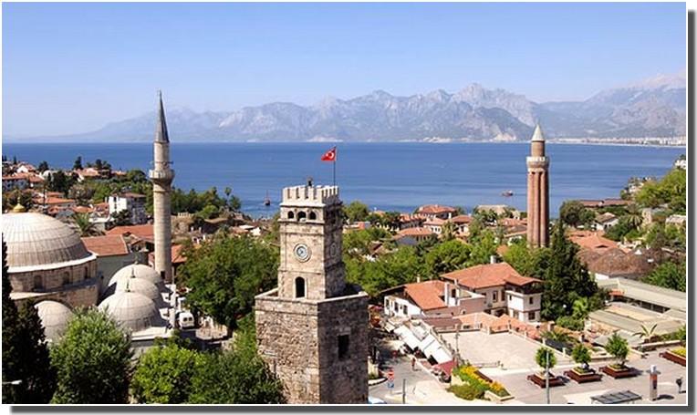 Antalya, la perle de la riviera turque méditerranéenne