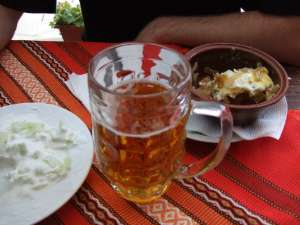 bière bulgare au monastère de rila