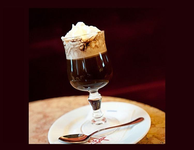 Le Bicerin de Turin au Café Fiorio ; une délicieuse gourmandise (Cuisine italienne)