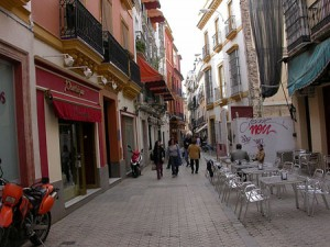 calle sierpes seville
