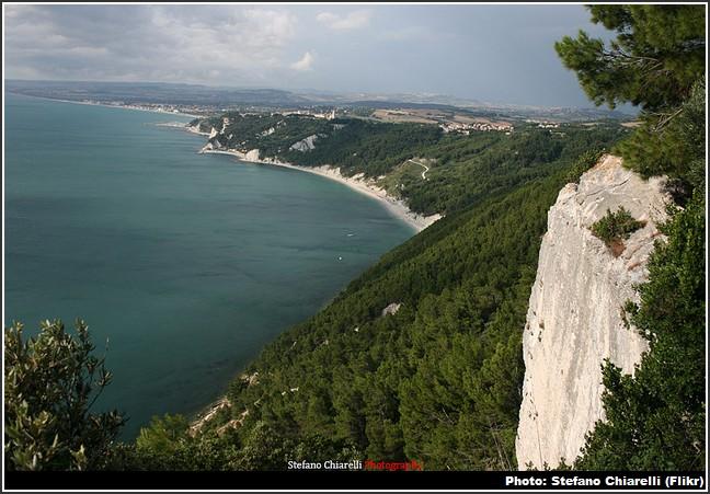cote conero en Italie Adriatique