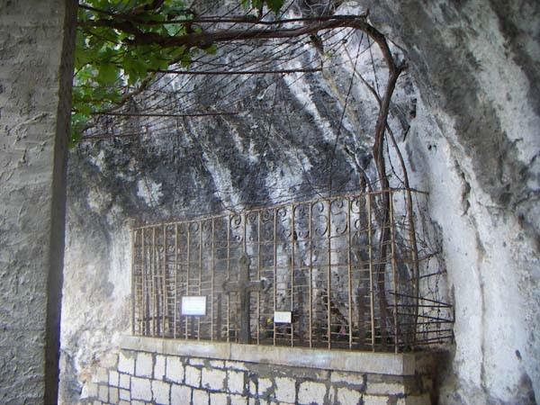 Ostrog croix