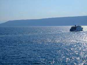 ferry jadrolinija en direction de cres
