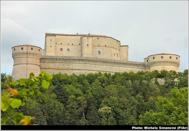forteresse san leo italie