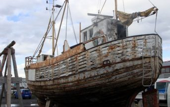 islande reykjavik bateau en ruines