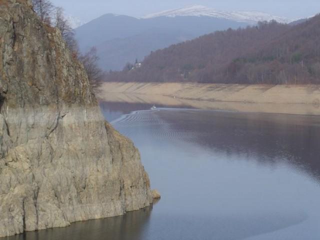 lac vidraru roumanie