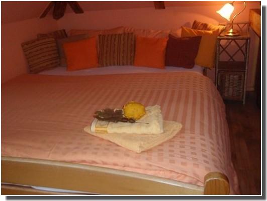 lit chambre chez jan et katarina jenickova