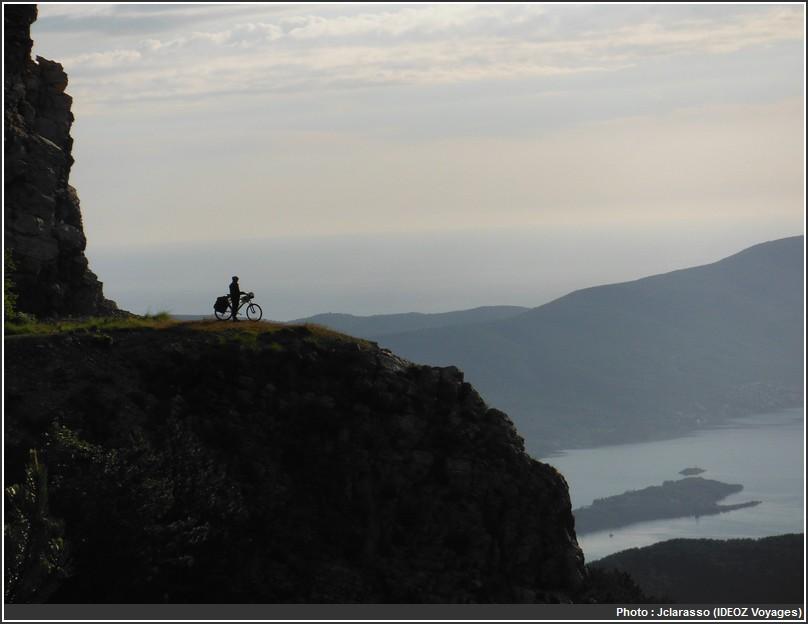 montenegro a velo coucher de soleil bouches de kotor