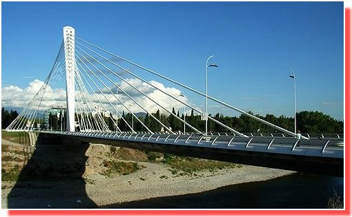 Podgorica pont de l'independance