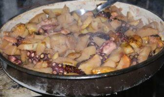 poulpe cuit sous la peca recette cuisine dalmate