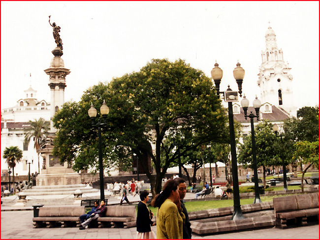 quito plaza de la independancia