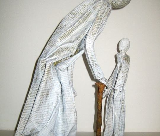 statue de papier sagesse