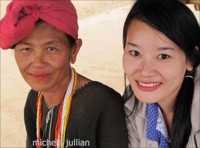 thailandaises souriantes