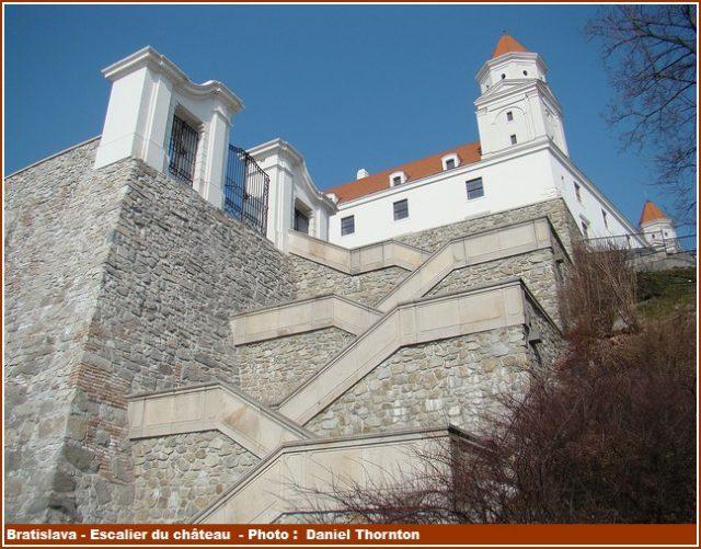 Bratislava escalier du chateau