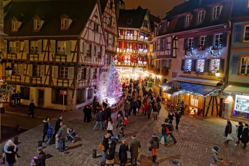Image De Noel En Alsace.Marche De Noel De Colmar La Magie De Noel En Alsace