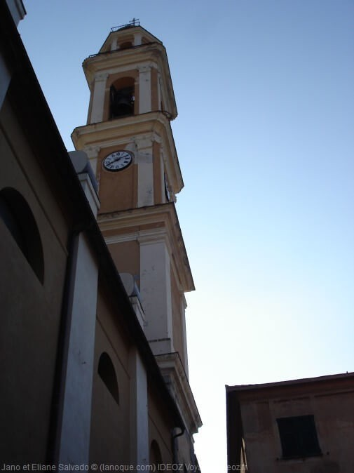 Moneglia église de Santa Croce