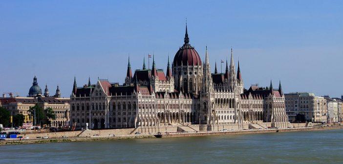 10 sites à ne pas manquer pour visiter Budapest le temps d'un week end