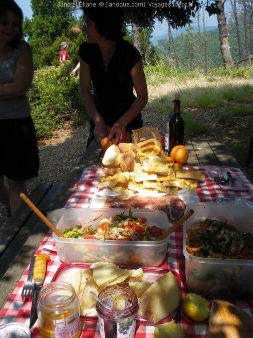Petit déjeuner avec des produits locaux à Cinque Terre