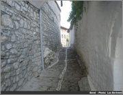 Rue a Berat en Albanie