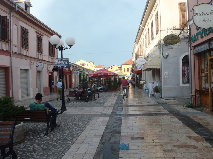 Shkoder rue pietonne