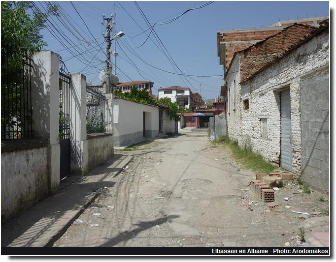 Elbassan rue