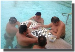 bains budapest jeu d'echecs